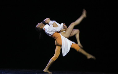 Ballet Preljocaj Company's dancers Nagisa Shirai and Sergio Diaz perform during the ballet ?Show White? in Bucharest