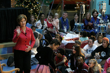 First lady Laura Bush visits the Childrens National Medical Center.