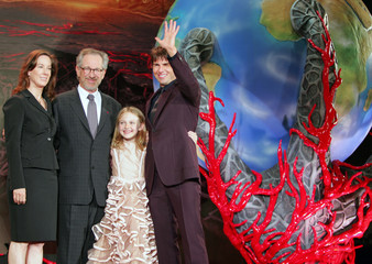 """Hollywood star Cruise, Fanning, director Spielberg and producer Kennedy attend world premiere of """"War ..."""