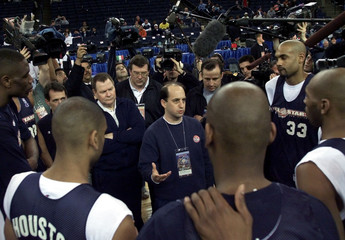 NBA ALL-STAR COACH JEFF VAN GUNDY HOLDS PRACTICE.
