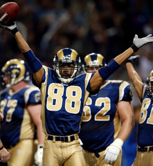 RAMS HOLT CELEBRATES TOUCHDOWN AGAINST PACKERS.