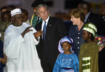 US PRESIDENT BUSH IS WELCOMED UPON HIS ARRIVAL IN NIGERIA.