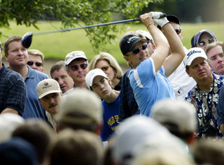 ANNIKA SORENSTAM TEES OFF IN SECOND ROUND OF COLONIAL.