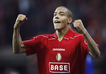 Standard Liege's Witsel celebrates after scoring against Everton during their UEFA Cup soccer match in Liege