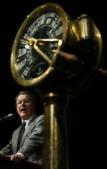 DESIGNATED NEW LEADER OF THE GERMAN SPD FRANZ MUENTEFERING GIVES A SPEECH DURING ELECTION CAMPAIGN ...