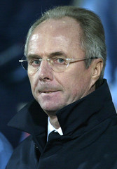 ENGLAND'S MANAGER SVEN GORAN ERIKSSON WATCHES THEIR INTERNATIONALFRIENDLY MATCH AGAINST AUSTRALIA AT ...