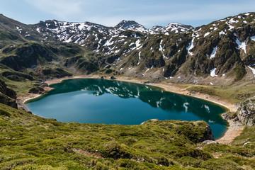 Lago Calabazosa o Lago Negro. Lagos de Saliencia, Parque Natural de Somiedo, Asturias.