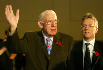 DEMOCRATIC UNIONIST PARTY LEADER IAN PAISLEY AND PARTY MEMBER ROBINSONARRIVE FOR LAUNCH OF ELECTION ...