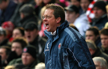 Charlton Athletic's manager Curbishley reacts during their English premier league soccer match against Middlesbrough at The Valley in London