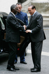 Italian PM Berlusconi shakes hands with South African President Mbeki before a private meeting in Rome
