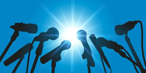 Micros - interview - journaliste - média - présentation - déclaration