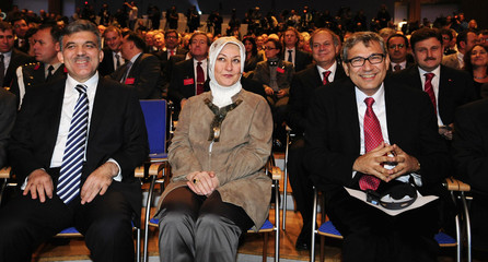 Turkish President Gul and his wife Hayrunnisa sit with Turkish Nobel Literature Prize winner Pamuk during the opening ceremony of the Frankfurt book fair