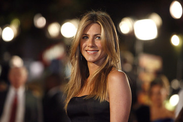 "Jennifer Aniston poses at the premiere of the movie ""Marley & Me"" at the Mann Village theatre in Westwood"