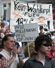 MEMBERS OF THE JEWISH COMMUNITY OF BERLIN PROTESTS OUTSIDE THE FDPPARTY HEADQUARTERS.