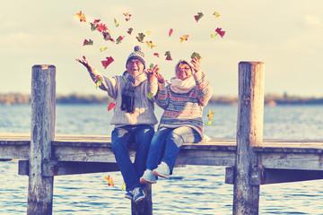Romantik am See im Herbst