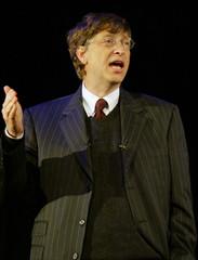Bill Gates speaks at Cobis annual meeting.
