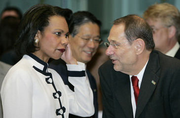 US Secretary of State Rice talks with European Union foreign policy chief Solana at start of ...