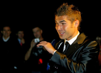 Juventus' Mutu arrives for his wedding to Dominican model Consuelo in Rome