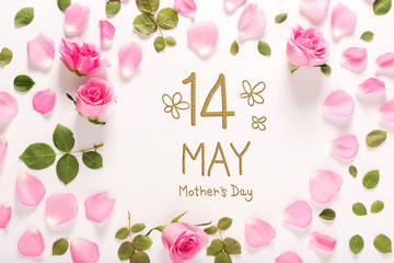 Mother's Day message with roses and leaves