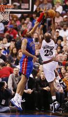 Detroit Pistons forward Rasheed Wallace blocks a shot by the 76ers Marc Jackson.