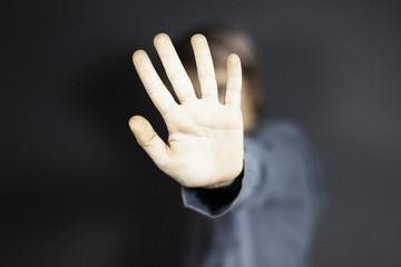 Stopp-Handzeichen