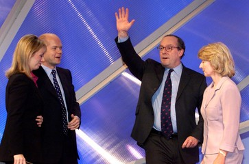 CONSERVATIVE CHAIRMAN MICHAEL ANCRAM AND PARTY LEADER HAGUE AT THE PARTY CONFERENCE IN BOURNEMOUTH.