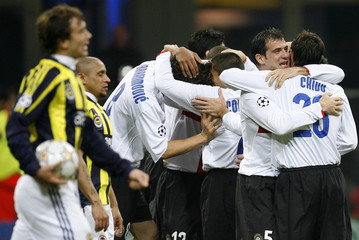 Inter Milan's players celebrate Zlatan Ibrahimovic's goal against Fenerbahce during their Champions League Group G soccer match at San Siro stadium in Milan