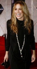 Actress Piper Perabo poses at the premiere of the film 'The Prestige' in Hollywood