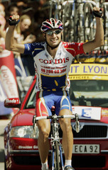 MONCOUTIE OF FRANCE WINS THE 11TH STAGE OF THE TOUR DE FRANCE FROM SAINT-FLOUR TO FIGEAC.