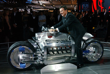 DODGE TOMAHAWK CONCEPT MOTORCYCLE IN DETROIT CHAIRITY GALA.