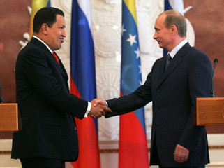 Venezuela's President Chavez and Russian President Putin meet in Moscow