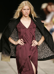 A model wears a creation from Virzi's 2008 autumn/winter collection during Fashion Rio Show in Rio