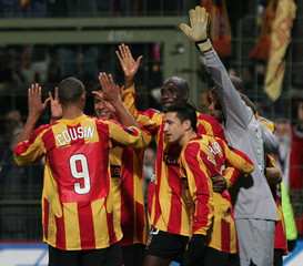 Racing Lens players celebrate their victory against Sampdoria Genes during their UEFA Cup match in Lens