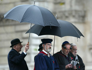 CHIEF RABBI SACKS LEADS PRAYERS DURING REMEMBRANCE SERVICE OFASSOCIATION OF JEWISH EX-SERVICEMEN AND ...