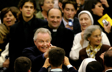 """US actor Jon Voight signs autographs before screening of a CBS mini-series movie """"Pope John Paul II"""" at the Vatican"""