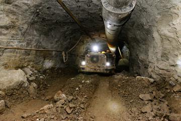 Mining industry. Metal ore mechanical transportation
