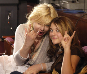 Rock star Courtney Love and daughter Frances Bean at the finale of American Idol.