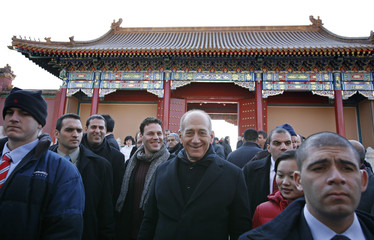 Israel's Prime Minister Ehud Olmert visits the Forbidden City in Beijing