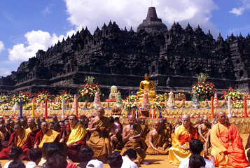 INDONESIAN BUDDHIST MONKS ATTEND A CEREMONY TO MARK THE BIRTH OF BUDDA IN BOROBUDUR TEMPLE.