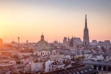 Photo sur Toile Vienne Vienna Skyline with St. Stephen's Cathedral, Vienna, Austria