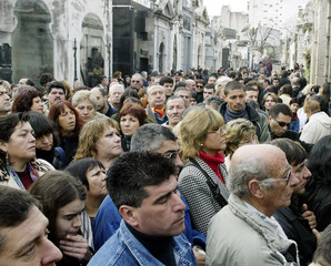 HUNDREDS GATHER AT EVITA PERON TOMB IN BUENOS AIRES IN HER DEATH 50THANNIVERSARY.