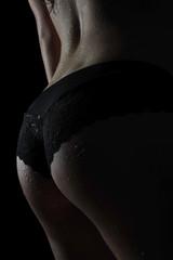 bodypart frau dessous