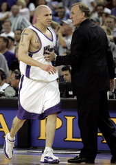 KINGS MIKE BIBBY FOULS OUT IN OVERTIME DURING LOSS TO TIMBERWOLVES.