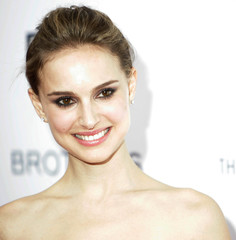 """Actress Natalie Portman attends the """"Brothers"""" premiere in New York"""