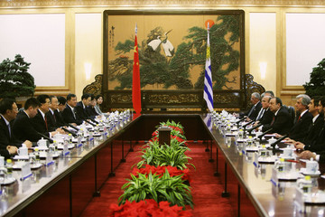 Chinese President Hu meets Uruguay's President Vazquez after a welcoming ceremony at the Great Hall of the People in Beijing