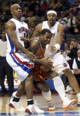 Detroit Pistons Chauncey Billups and Rasheed Wallace block Phoenix Suns Quentin Ricardson during game ...