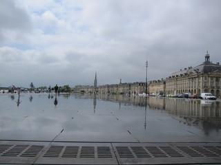 鏡の床 Le miroir d'eau