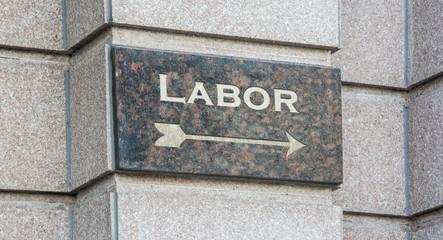 Schild 204 - Labor