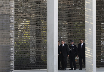 German President Koehler and German Defence Minister Jung attend unveiling ceremony in Berlin