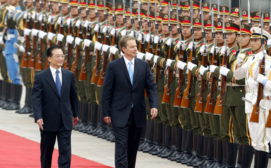 BRITISH PRIME MINISTER TONY BLAIR, ACCOMPANIED BY CHINESE PREMIER WENJIABAO, REVIEWS A GUARD OF ...